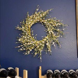 "18"" Floral Wreath"